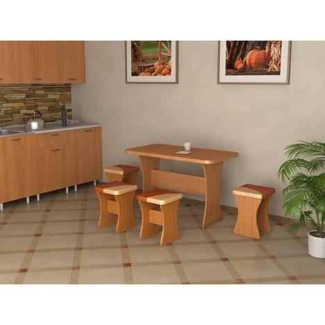 Кухонный стол  и 4 табурета Титул